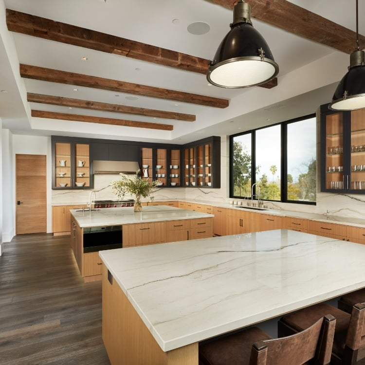 Wood Grain Cabinets with a Mont Blanc Quartzite Countertop